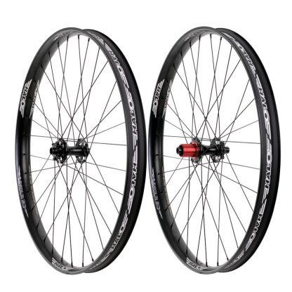 Pair of Halo Vapour 50 wheels